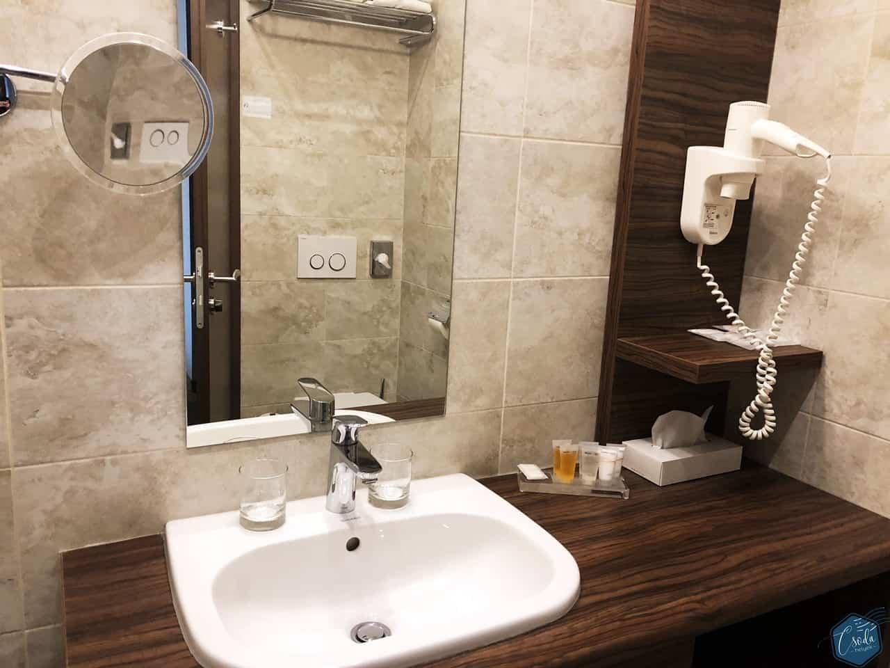 barack_thermal_hotel-3