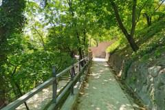 Láttad már, milyen hangulatos lépcsők vezetnek a Budai vár alatt?