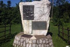 IV. Béla emlékműve