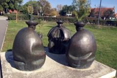 """A """"Juhászok szobra"""", más nevén """"Három pásztor-szoborcsoport"""" , Somogyi Árpád alkotás"""
