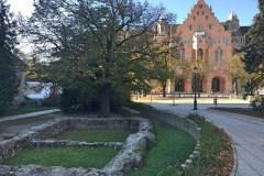 Szent Miklós-templom mellett található a Romkert