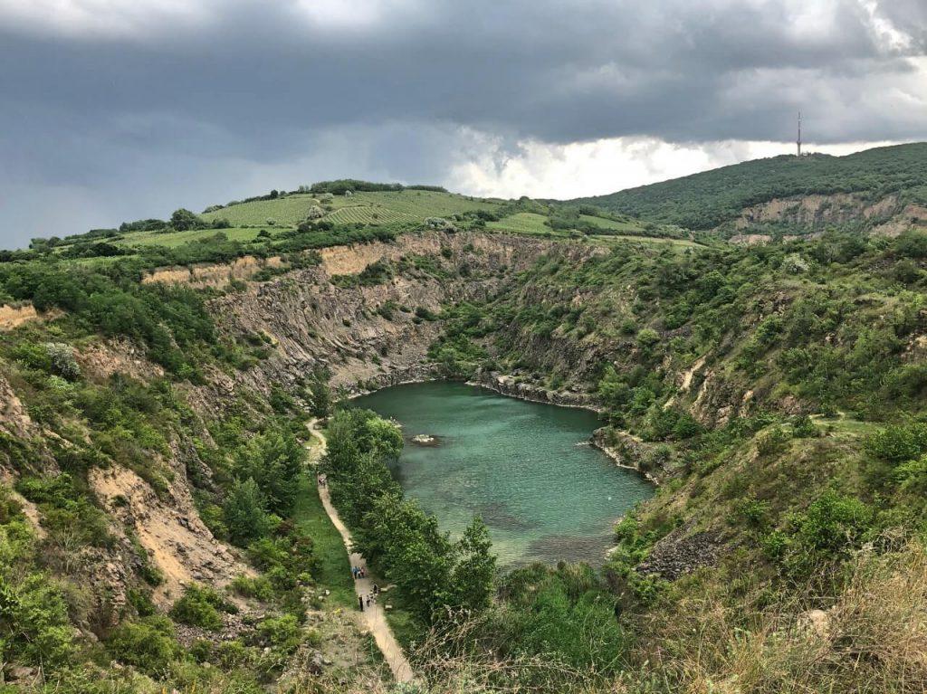 Tarcali bányató, Áldó Krisztus szobor és egyéb csodahelyek Tokaj környékén