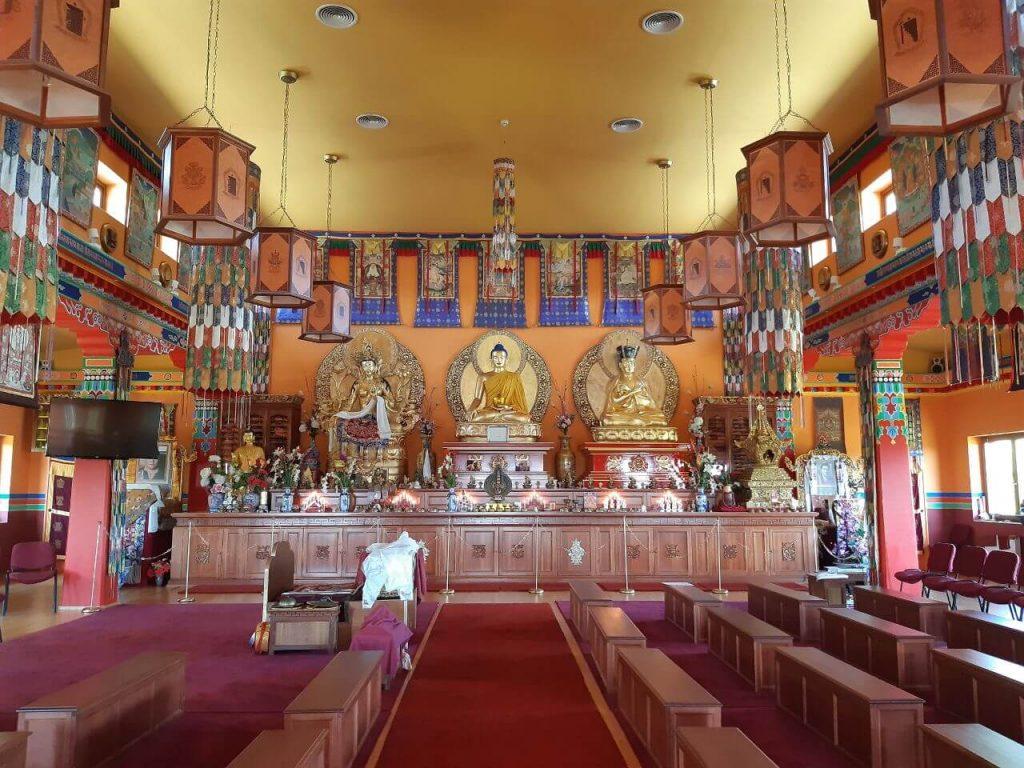 Buddhista templomok Magyarországon - ezek a legszebb hazai sztúpák!