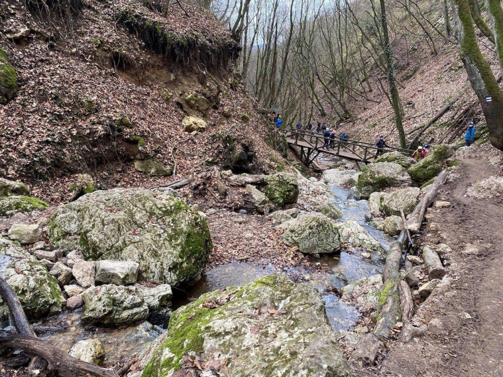 Dera-szurdok - A vadregényes kalandok, hatalmas sziklák és vízesések birodalma