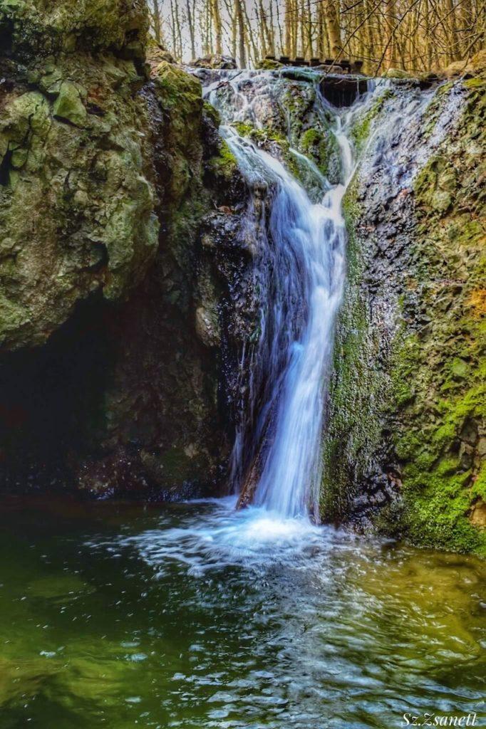 Jegenye-völgyi vízesés, Solymár