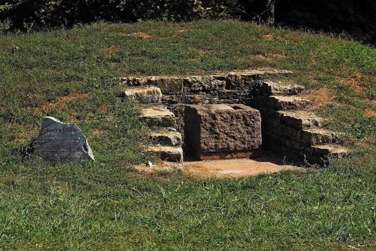 Kecskeméti Arborétum és a történelmi emlékhelyek