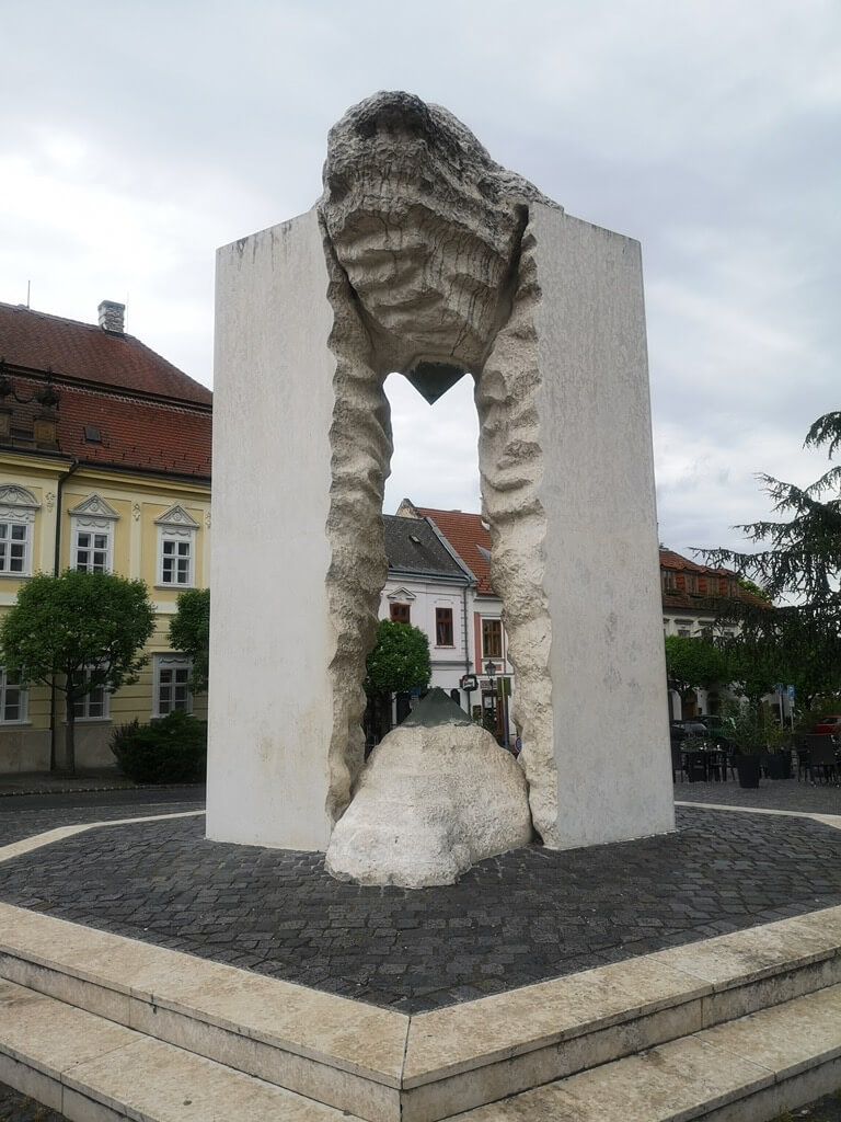 Városnézés Veszprémben: Várnegyed, Benedek-hegy, Gizella királyné kilátó
