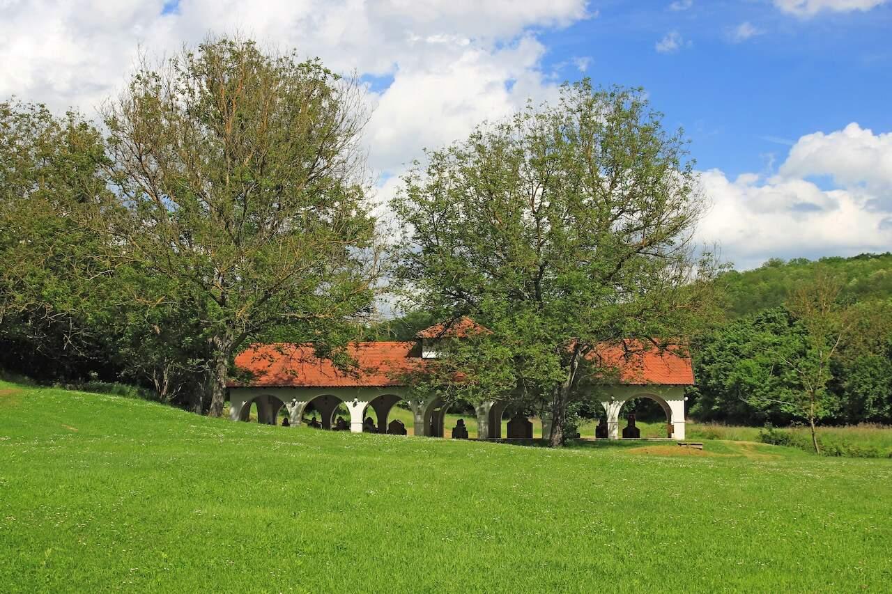 Grábóc csodái: Szerb ortodox kolostor és panoráma a Mária-kilátóból