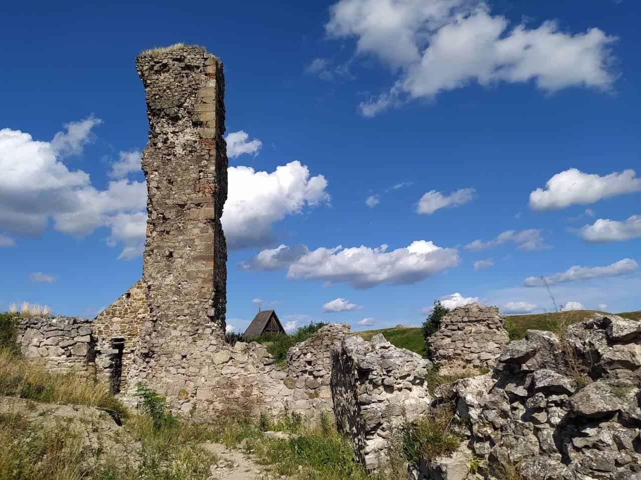 Nógrádi vár – Meseszép panoráma és kalandozás Nógrád várának romjainál